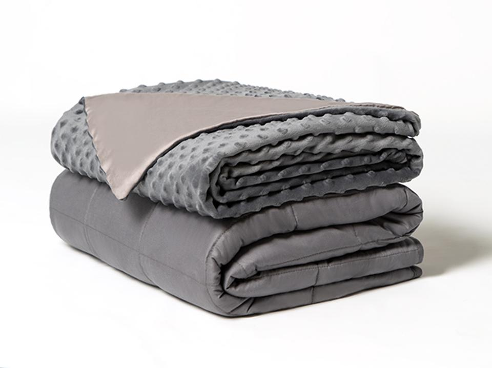 Dual Therapy Weighted Blanket Brooklyn Bedding  Dual Therapy Weighted Blanket: Ultra Cozy & Cool