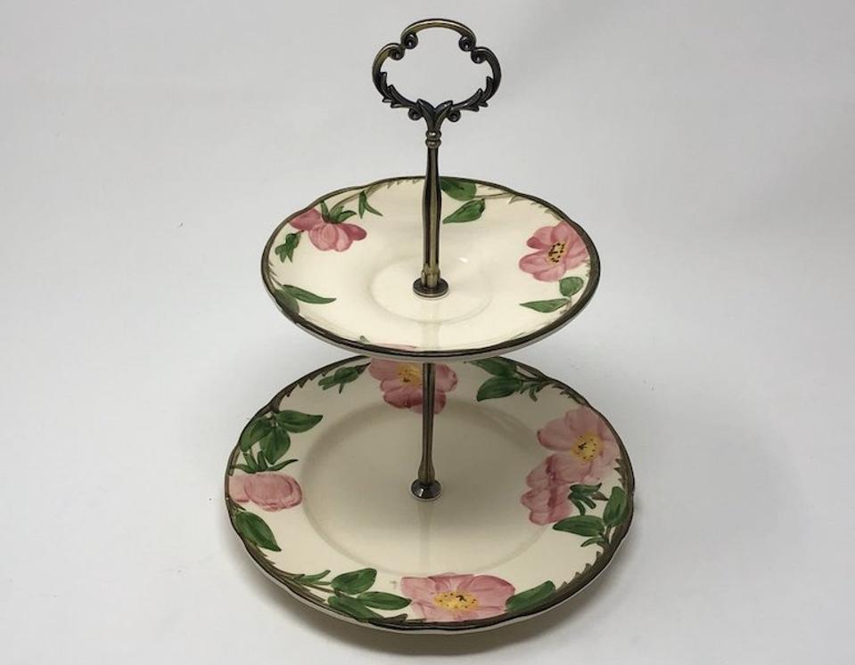 brooklyn tea cup tiered tray