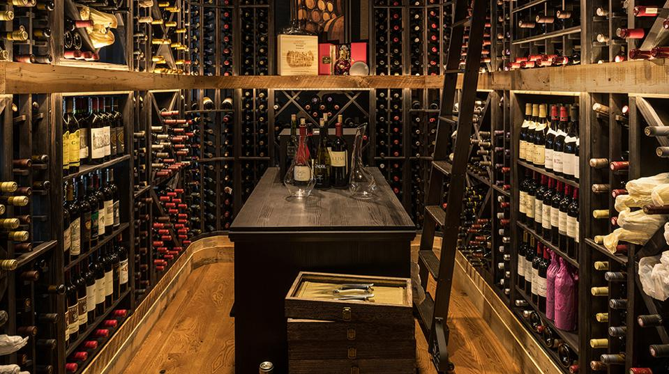 The Narrows Wine Room