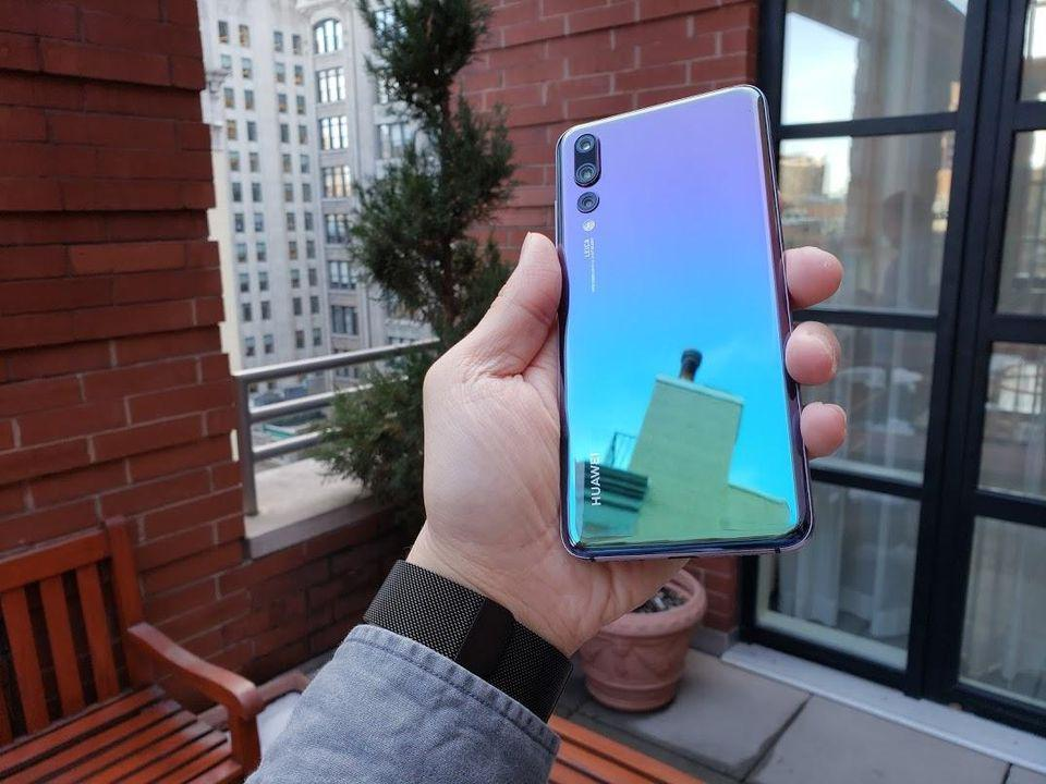 The Huawei P20 Pro's gradient colored glass back influenced a lot of Android smartphone backs the following year.