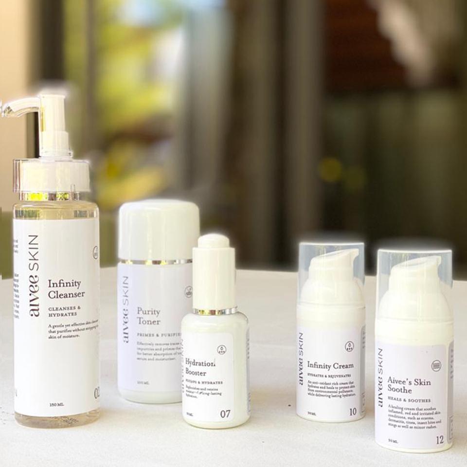AIVEE CLINIC Hydrating and Moisturizing Skin Kit