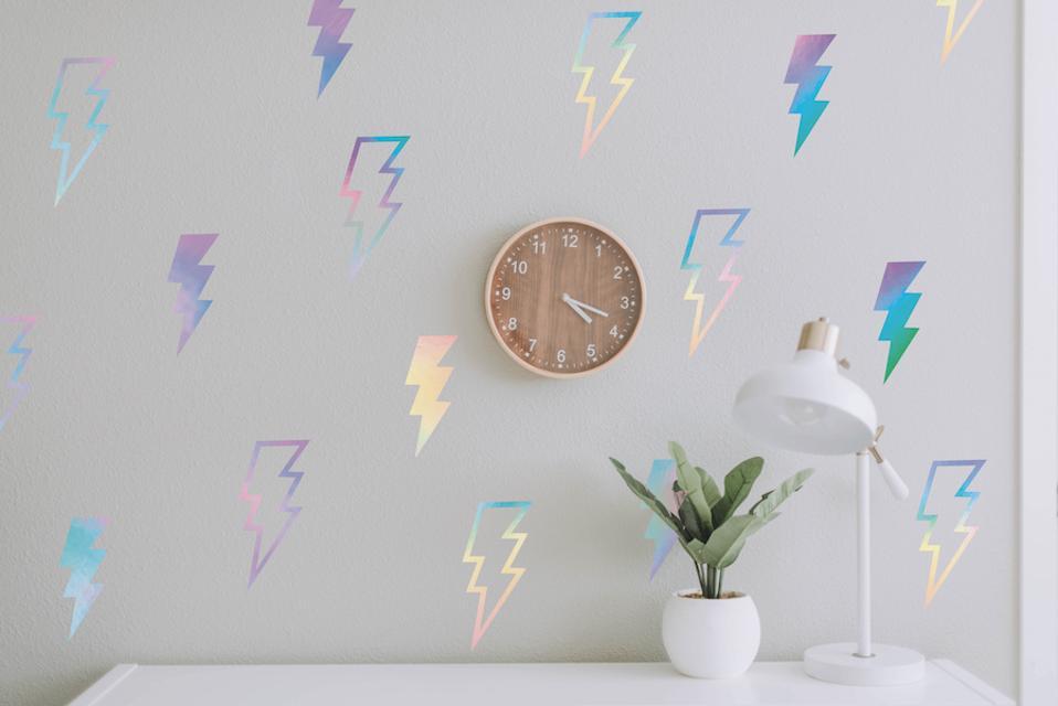 Tempaper Holographic Decals