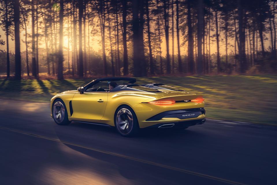 Bentley Mulliner Bacalar in yellow