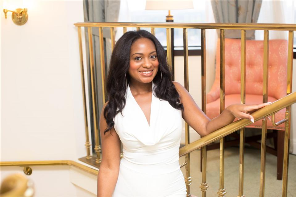 Elizabeth Davis, founder of beauty brand Shedavi.