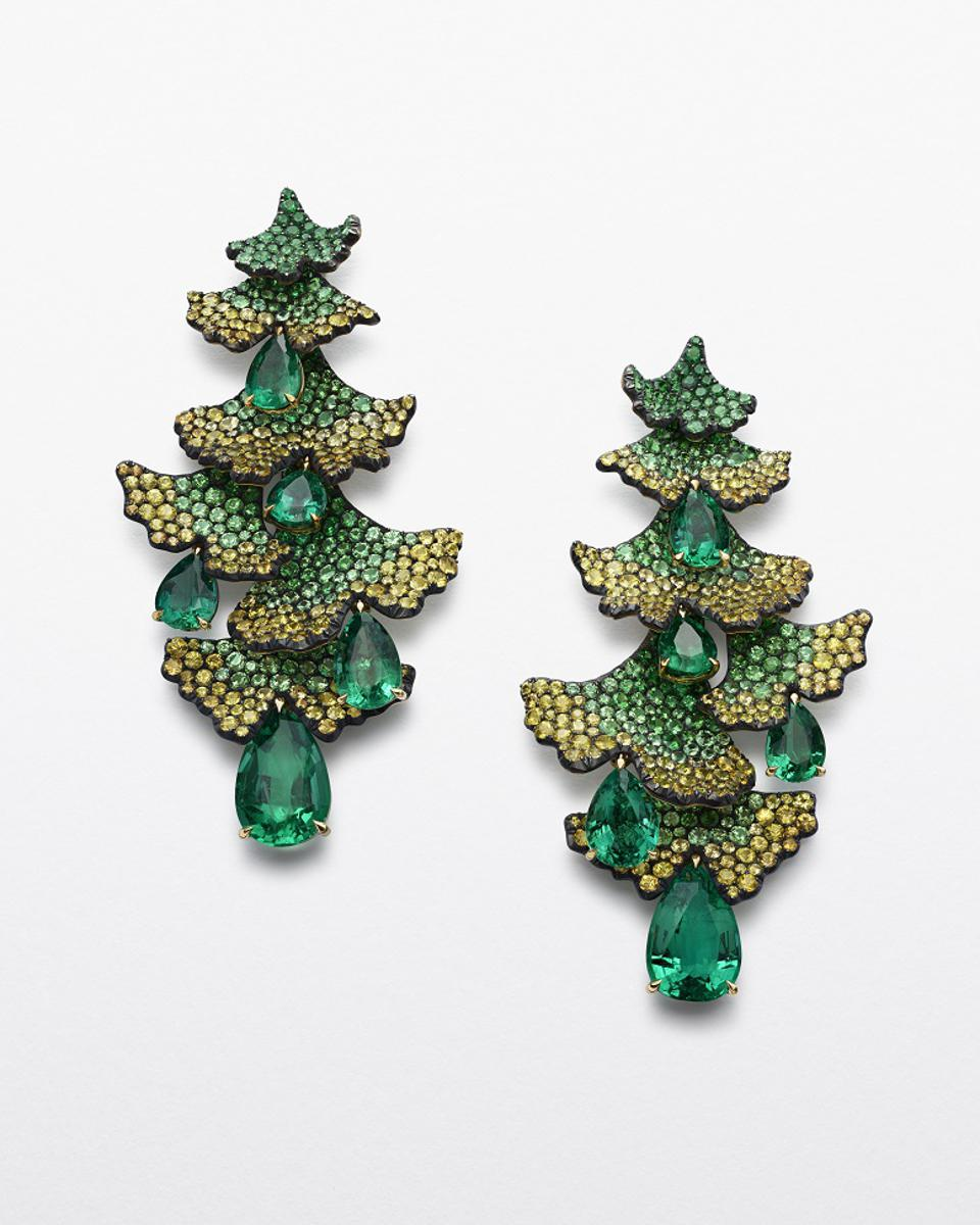 Chopard Ginkgo Earrings from the 2020 Red Carpet Collection