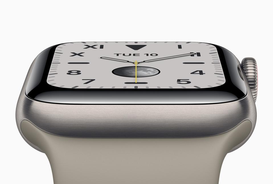 Apple Watch Series 5 in titanium finish