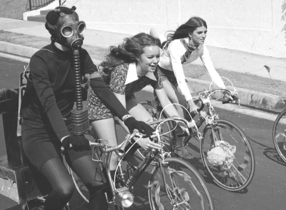 Gas-mask-wearing Nancy Pearlman