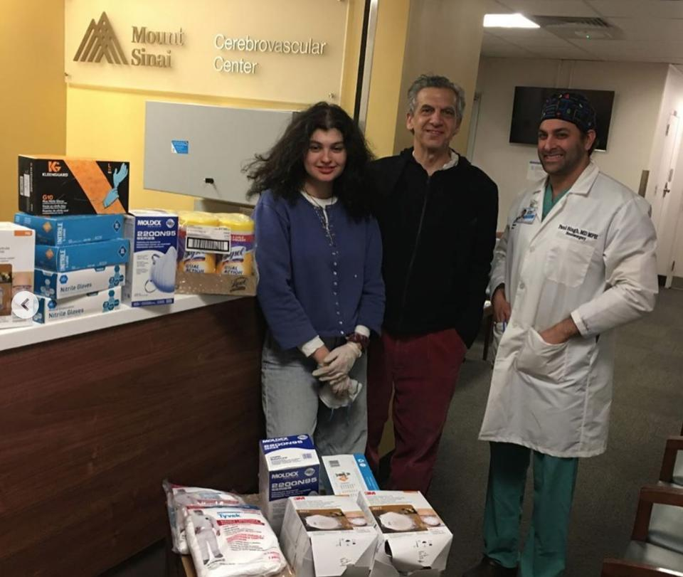 Executive Director of the Art Students League Michael Rips dropping off masks and gloves to Mt. Sinai Hospital.