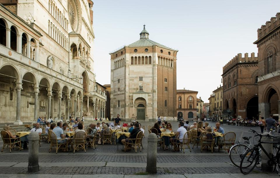 Frances Mayes Always Italy by Frances Mayes and Ondine Cohane national geographic new books about italy