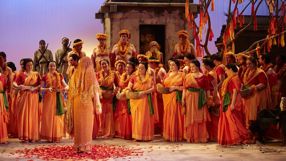 The Opera Australia presents the The Pearl Fishers online.