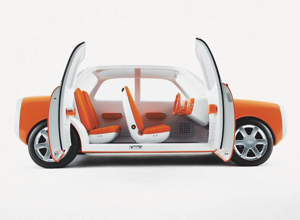 Marc Newson's 1999 Ford 021C Concept previewed some exciting ideas for automotive design