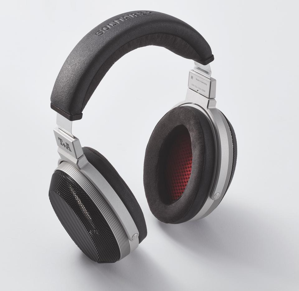 Three-quarter view of T+A Solitaire headphones