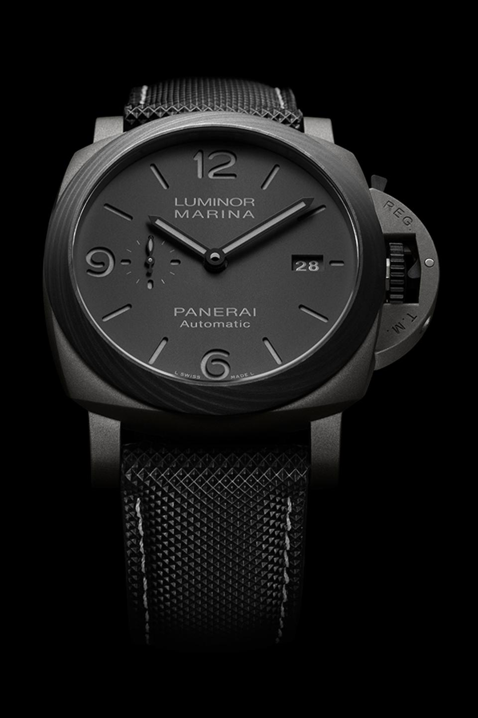 The Panerai Luminor PAM 1662 with anthracite dial and black strap.