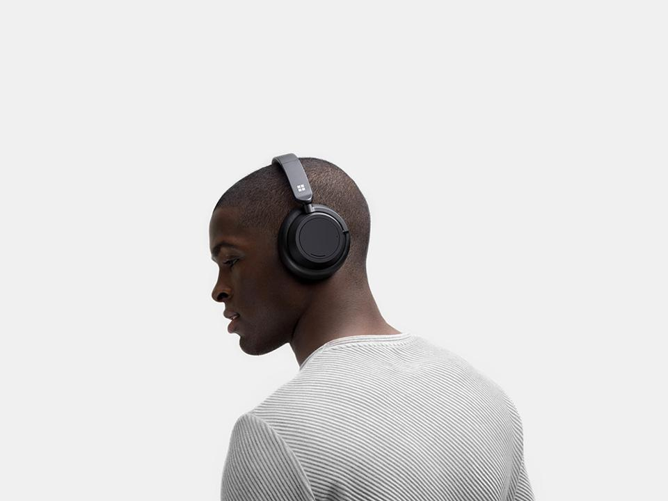 Microsoft's Surface Headphones 2 look identical to the first version.