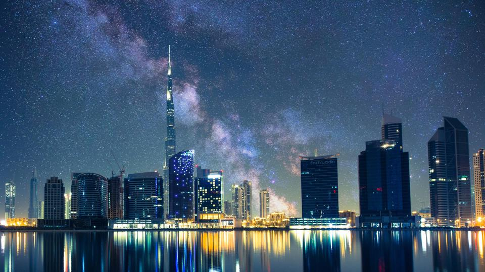 Dubai as it could be without light pollution – NOT a real photo!