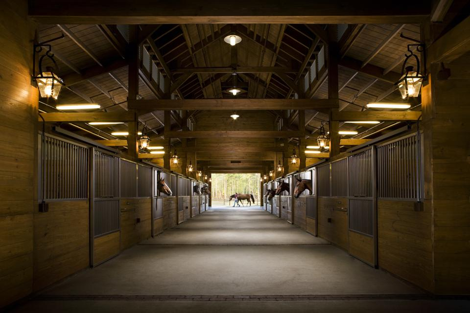 Palmetto Bluff's equestrian facility, Longfield Stables, is a 173-acre farm and arguably one of the best equestrian facilities in the southeast. The stables include a covered arena, an FEI-regulation outdoor dressage area and a five-acre turf event field as well as a main barn and receiving barn, both featuring oversized stalls.