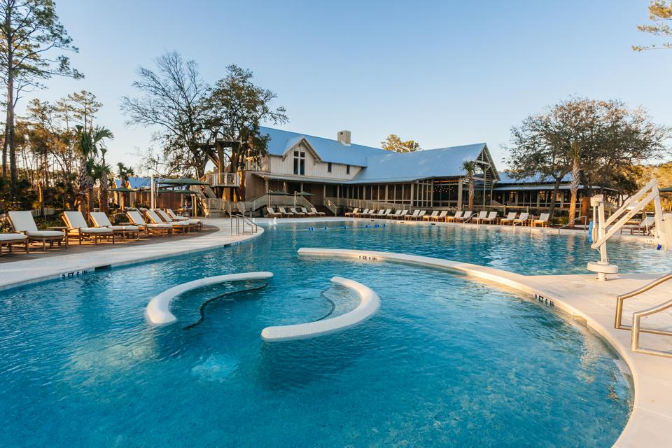 Palmetto Bluff has a plethora of sports and wellness facilities. In Moreland Village, The Boundary features a swimming pool, a four-lane, state-of-the-art bowling alley, game room and fitness center for Palmetto Bluff members, families and guests to enjoy.