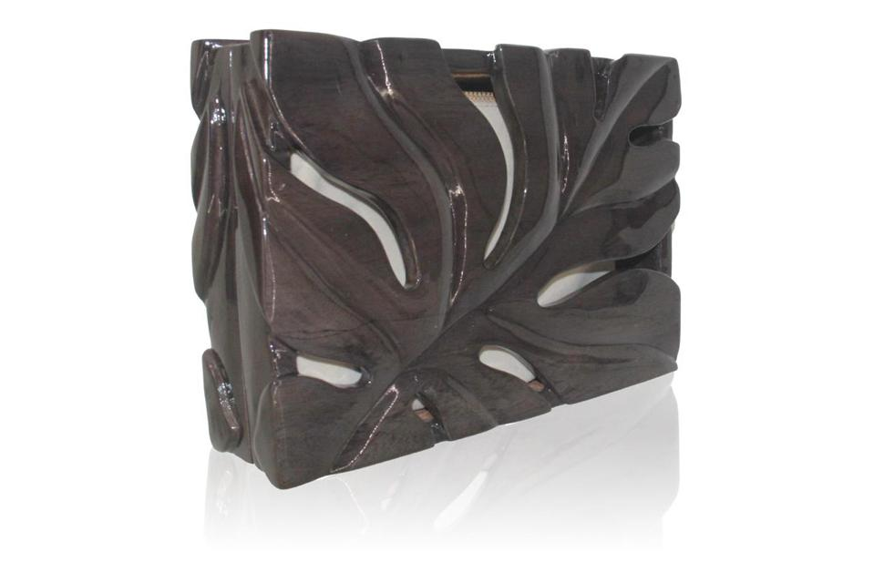 Hand carved Wooden Clutch by Aranaz