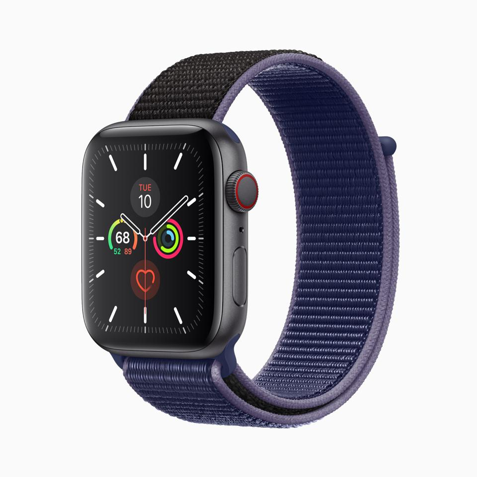 Apple Watch Series 5 in midnight blue band and space gray aluminum case