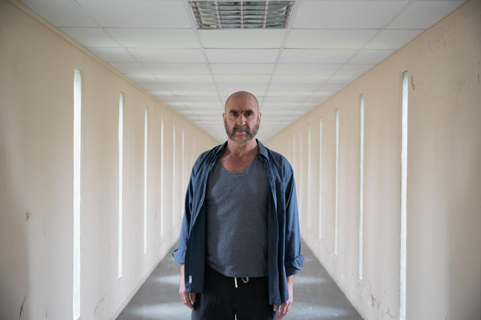 New series 'Inhuman Resources' (Dérapages) starring Eric Cantona