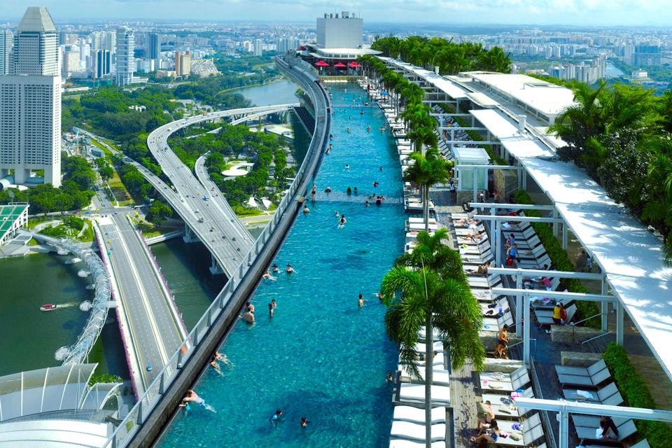 Marina Bay sands luxury hotel singapore