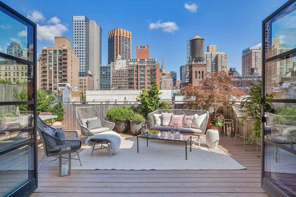 A penthouse with a terrace took $680,000 off the price to close.