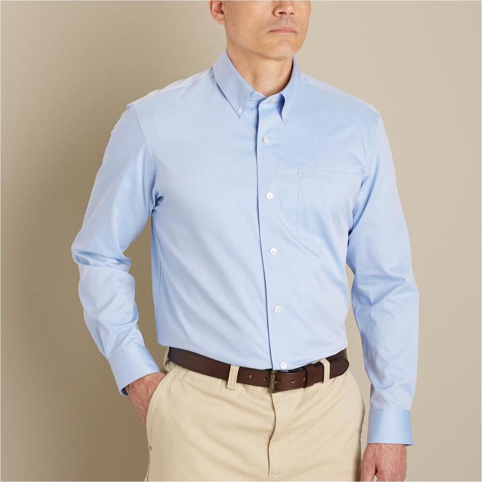 Duluth Trading Co. Magnet Front Wrinklefighter Shirt