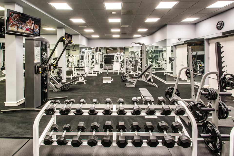 Workout room, fitness, Michael Jordan