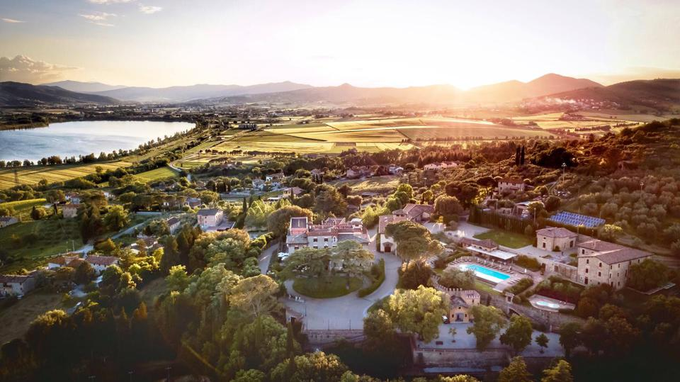 Relais & Chateaux property Italy hotels restaurants open worldwide