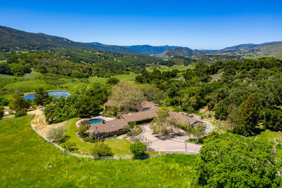 Aerial view of California ranch owned by Apple co-founder Mike Markkula