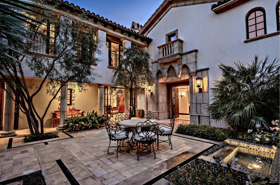 Private courtyard, garden