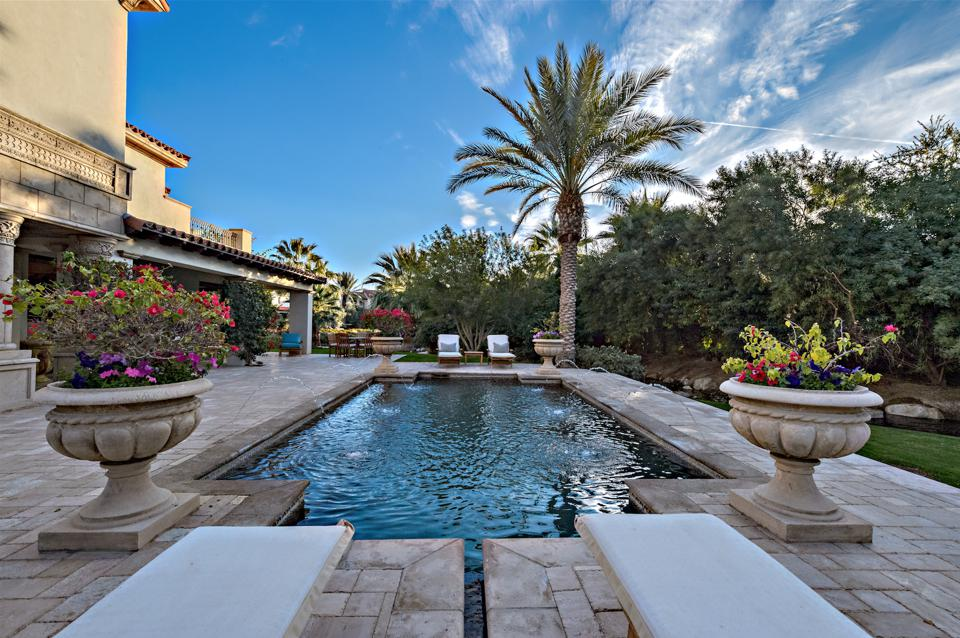 pool, spa, fire pit, barbecue
