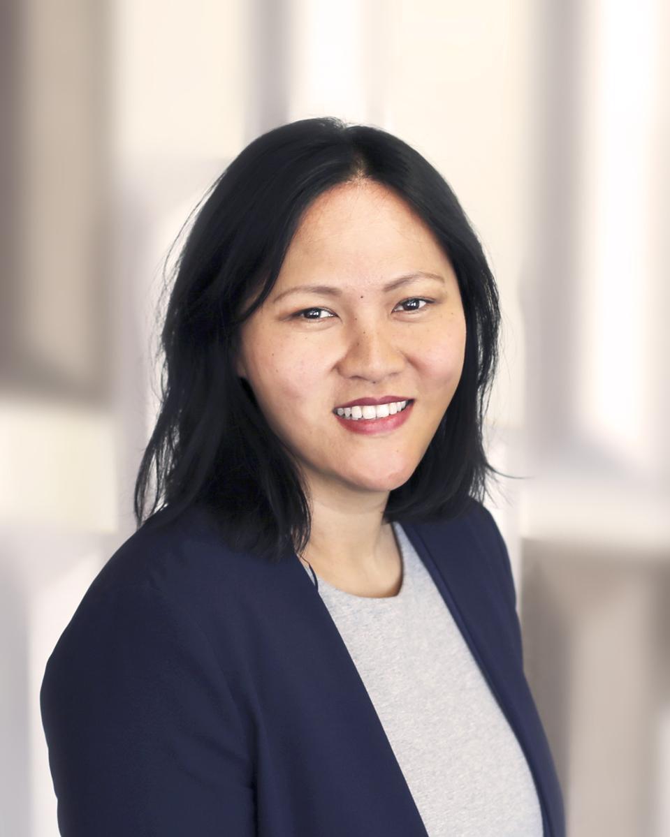 Anny Nguyen headshot
