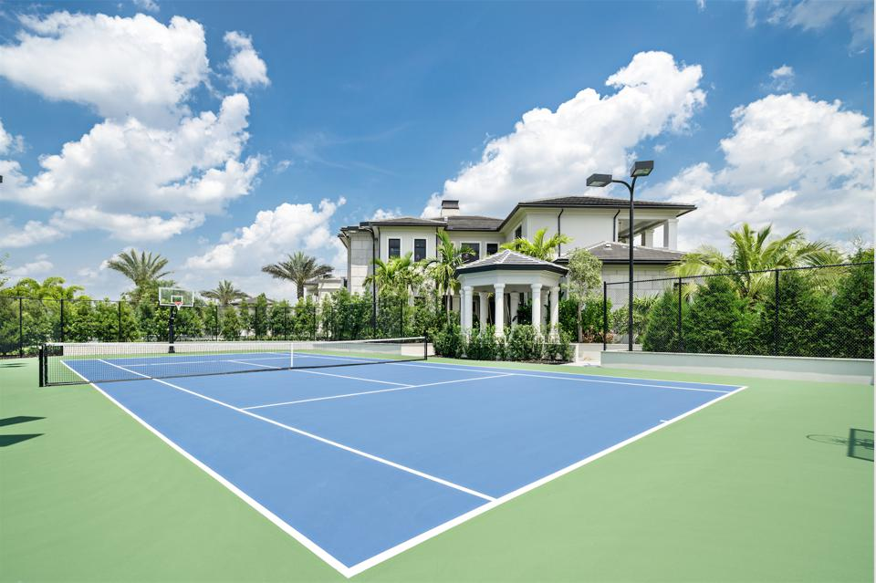 tennis court, basketball court