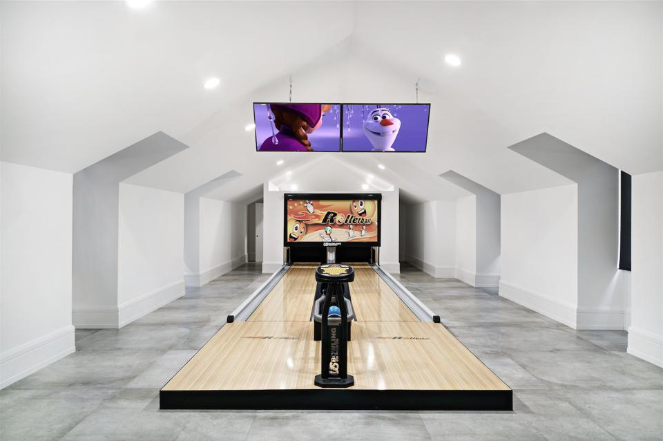 bowling alley, design