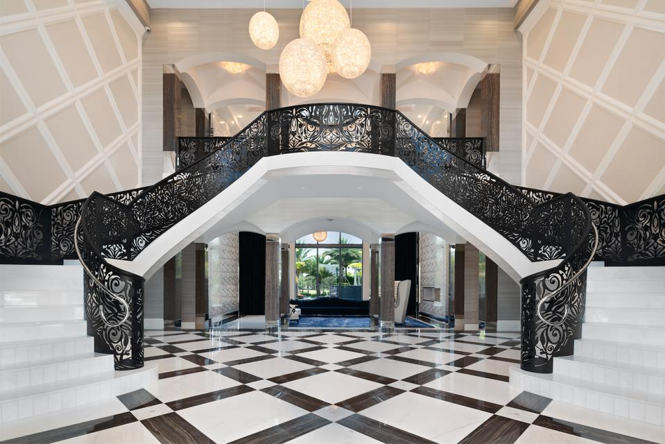 Chandeliers, grand staircase, Hollywood classic movies
