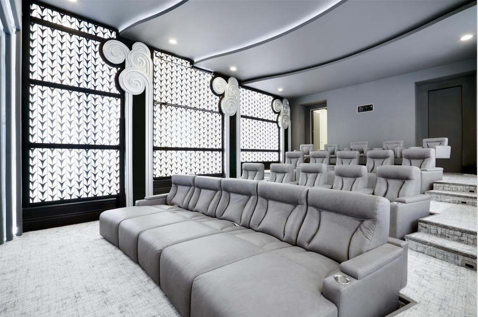 Home theater, classic Hollywood