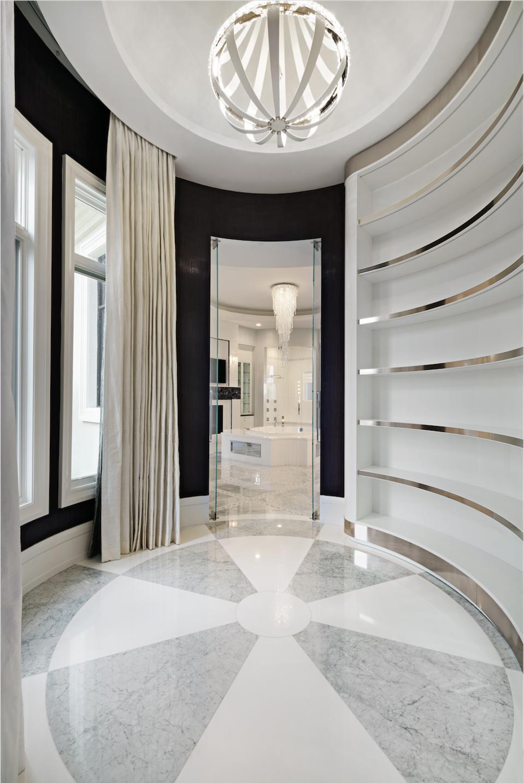 Rotunda closet