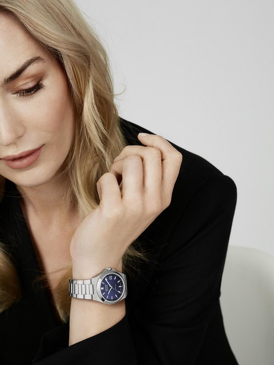 Iron Walker Quartz Women's Watch with blue dial