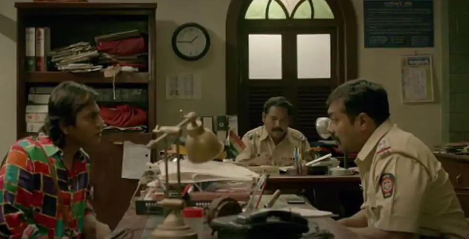 Anurag Kashyap and Nawazuddin Siddiqui's first meeting in Ghoomketu - a scene that emerges to be an interesting turn in the plot.