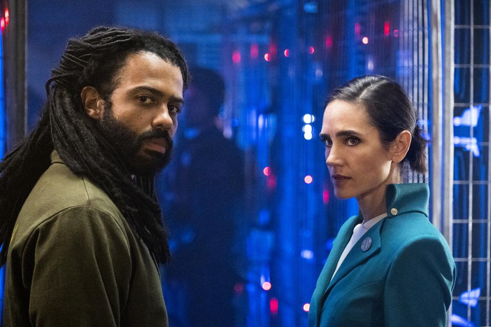 Snowpiercer' Becomes A Post-Apocalyptic Train Murder Mystery On ...