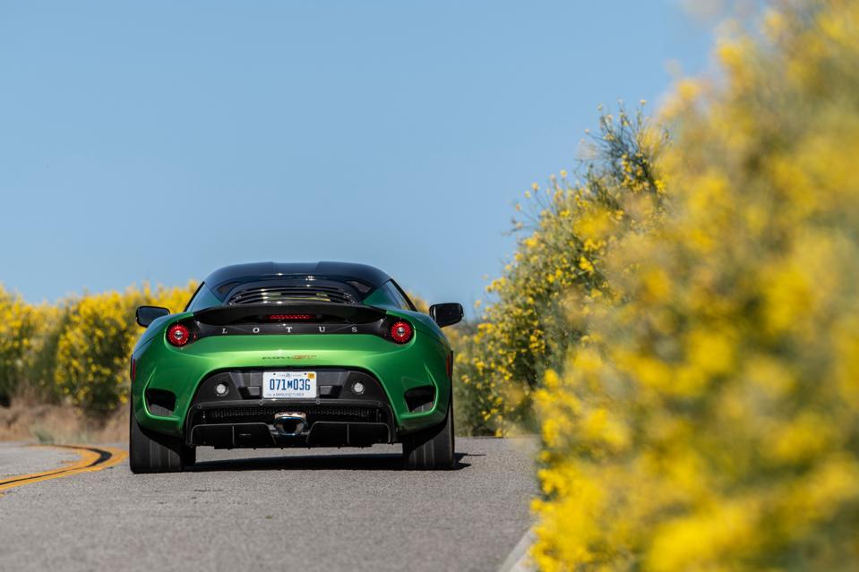 lotus-evora-gt-vivid-green