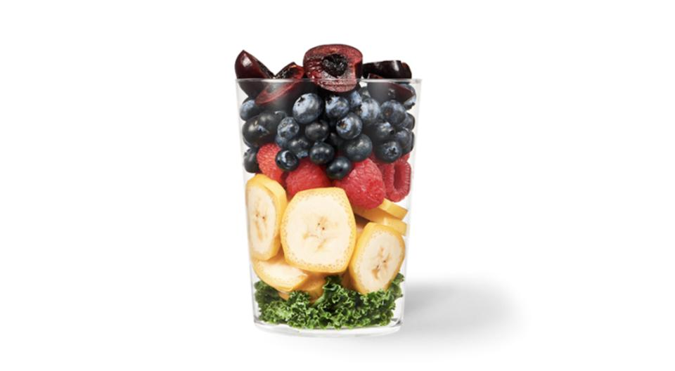 diet meal plan Mixed fruit in a cup.