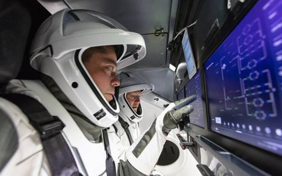Nasa astronauts Doug Hurley and Bob Behnken in training for launch of SpaceX capsule