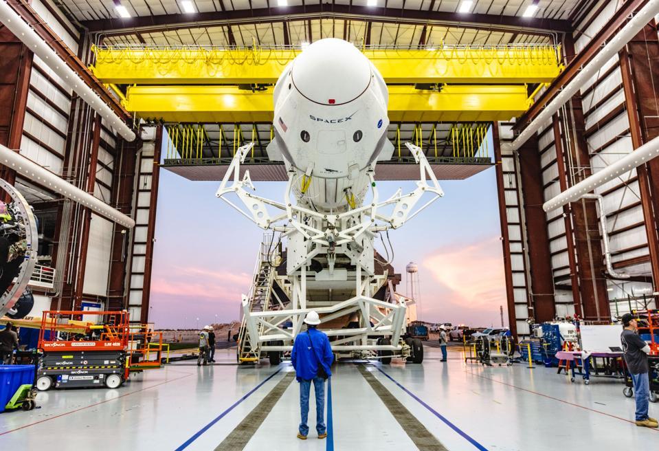 Falcon 9, Crew Dragon Roll to Launch Pad