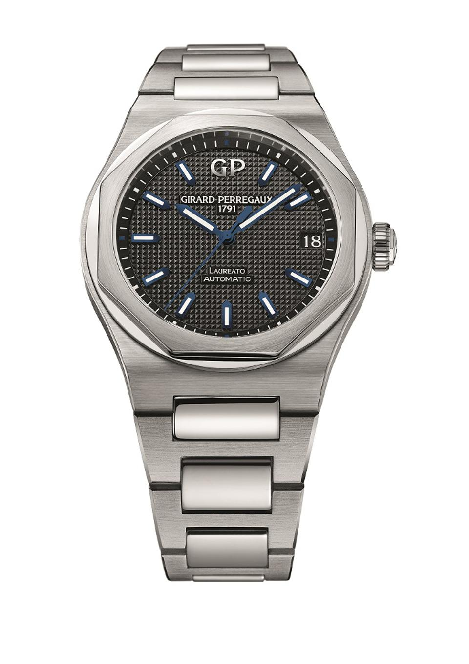 Limited-Edition Girard-Perregaux Laureato valued at $11,600 being offered at auction