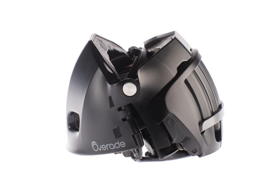 The Plixi travel cycle and scooter helmet from Overade.