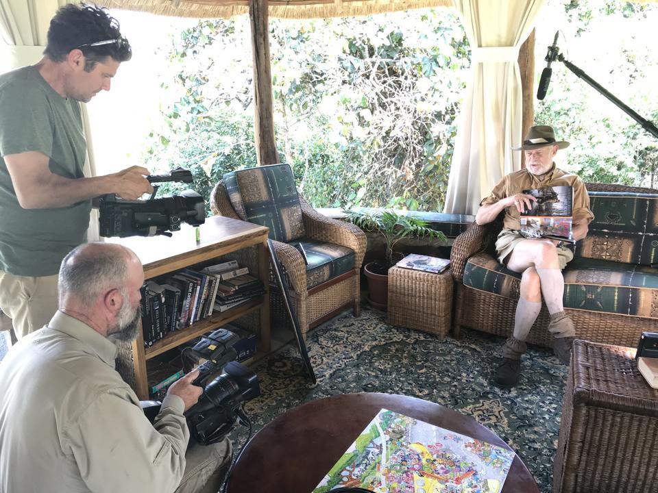 Gerald McRaney filming