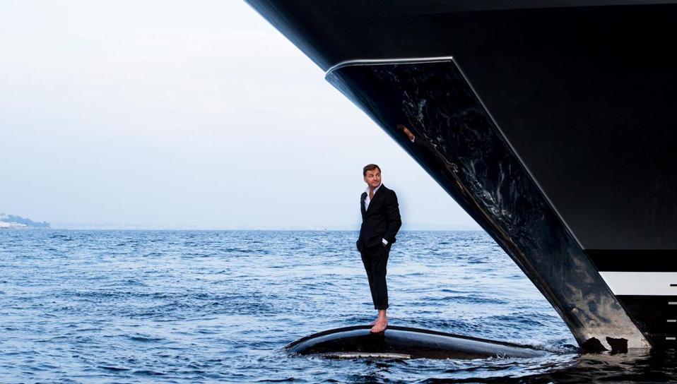 Superstar superyacht designer Espen Oeino gives the 954-foot-long NJORD some superyacht street red.