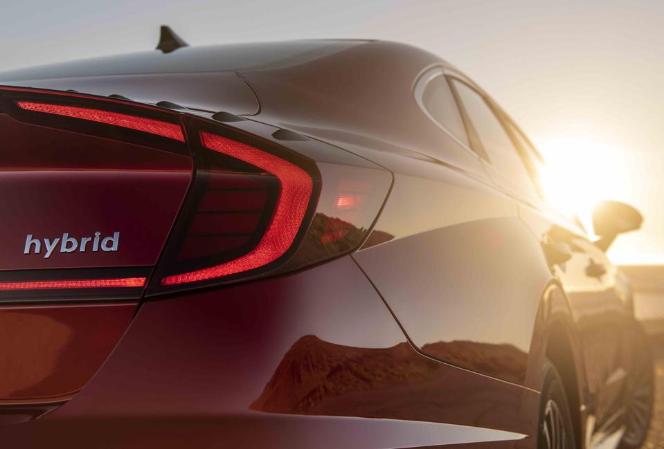 2020 Sonata Hybrid rear view